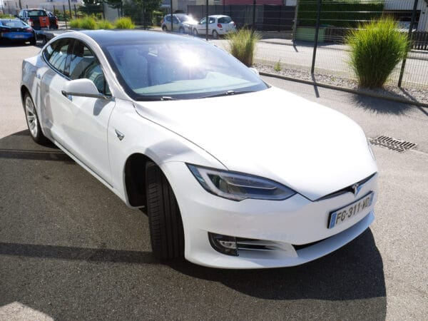 Location Tesla Model S