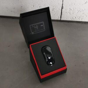 Intérieur Clé de Model 3 [tag]