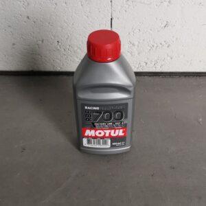 Model 3 Liquide de Frein Compétition MOTUL RBF700 100% Synthétique 500ml