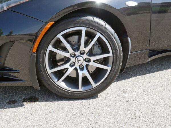 Pneus Pneus Pour Tesla Roadster [tag]