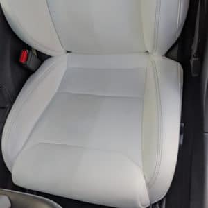 Produits de nettoyage Produit nettoyant DG12 pour les sièges de votre Tesla